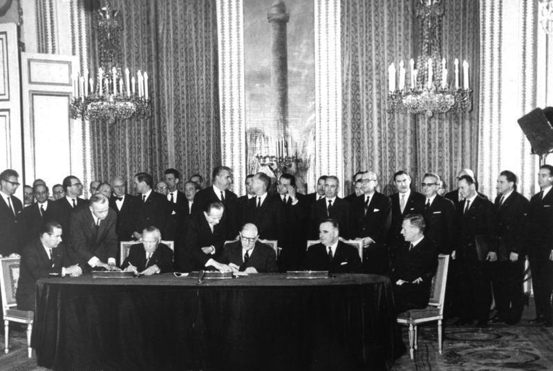 Подписание германо-французского соглашения