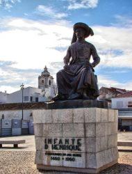Памятник Генриху Мореплавателю в Лагуше