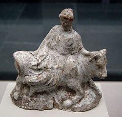 Европа и бык. Терракотовая скульптурка из Афин (480-460 до н.э.)