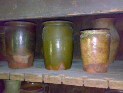 Горшок для хранения фруктов— пример латгальской керамики бытового назначения