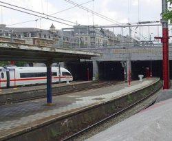 Южный конец Северо-Южного соединения. Туннель на Брюссельской станции.
