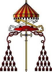 На гербе камерленго изображены папский гонфалон, папский крест, ключи Св. Петра и галеро (шляпа с кистями) кардинала — знаки отличия, помещаемые за личным гербом кардинала-камерленго