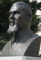 Памятник Йоже Плечнику в Любляне