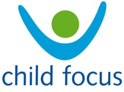 Логотип Child Focus