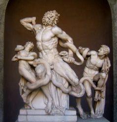 Скульптурная группа «Лаокоон и его сыновья» (I в. до н.э., Музей Пия-Климента)